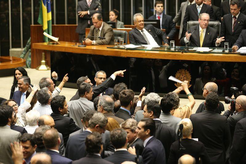 Semana da Câmara começa com pauta trancada por medidas provisórias