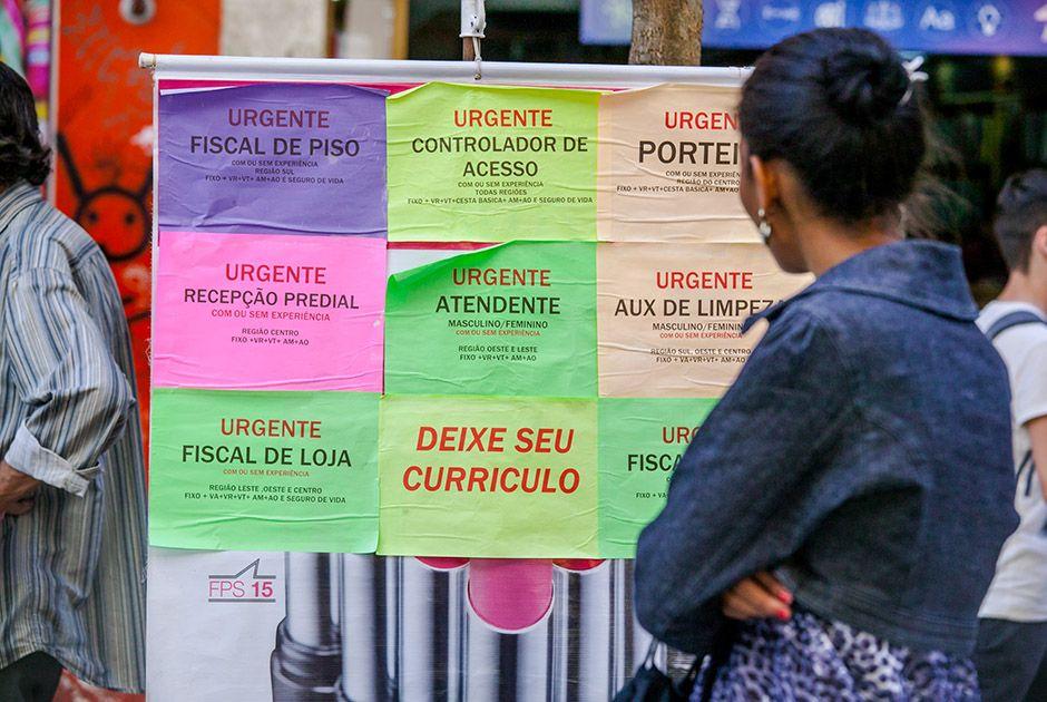 País abre 35,9 mil vagas de trabalho em julho