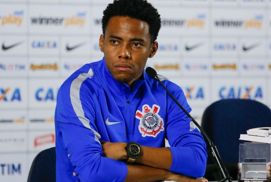 """Elias minimiza """"fantasma"""" de eliminações do Corinthians"""