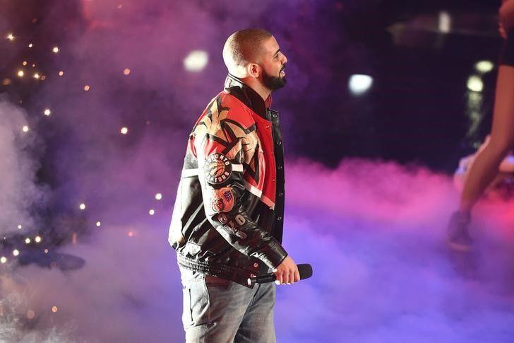 Drake entra na lista das cinco estrelas mais ricas do hip hop