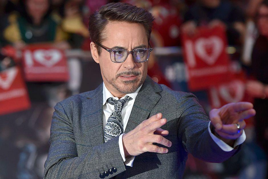 Downey Jr. diz que sua mulher deu passe livre com Gwyneth Paltrow