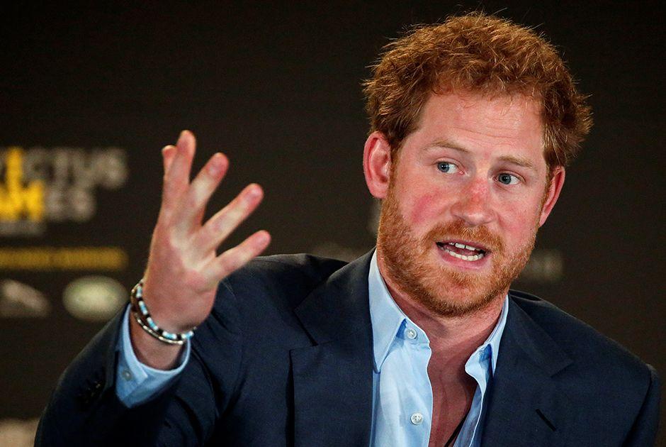 Príncipe Harry diz se arrepender por não falar antes da morte da mãe