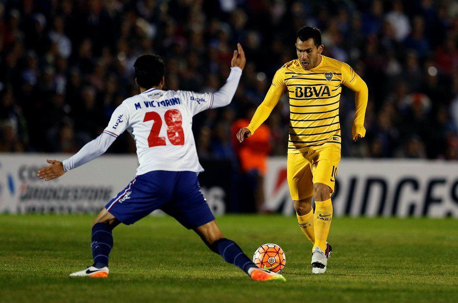 Tevez não treina, mas técnico garante permanência no Boca