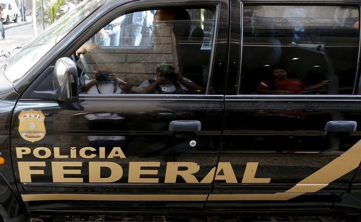 São 5 mandados de prisão e 1 de busca e apreensão / Sergio Moraes/Reuters