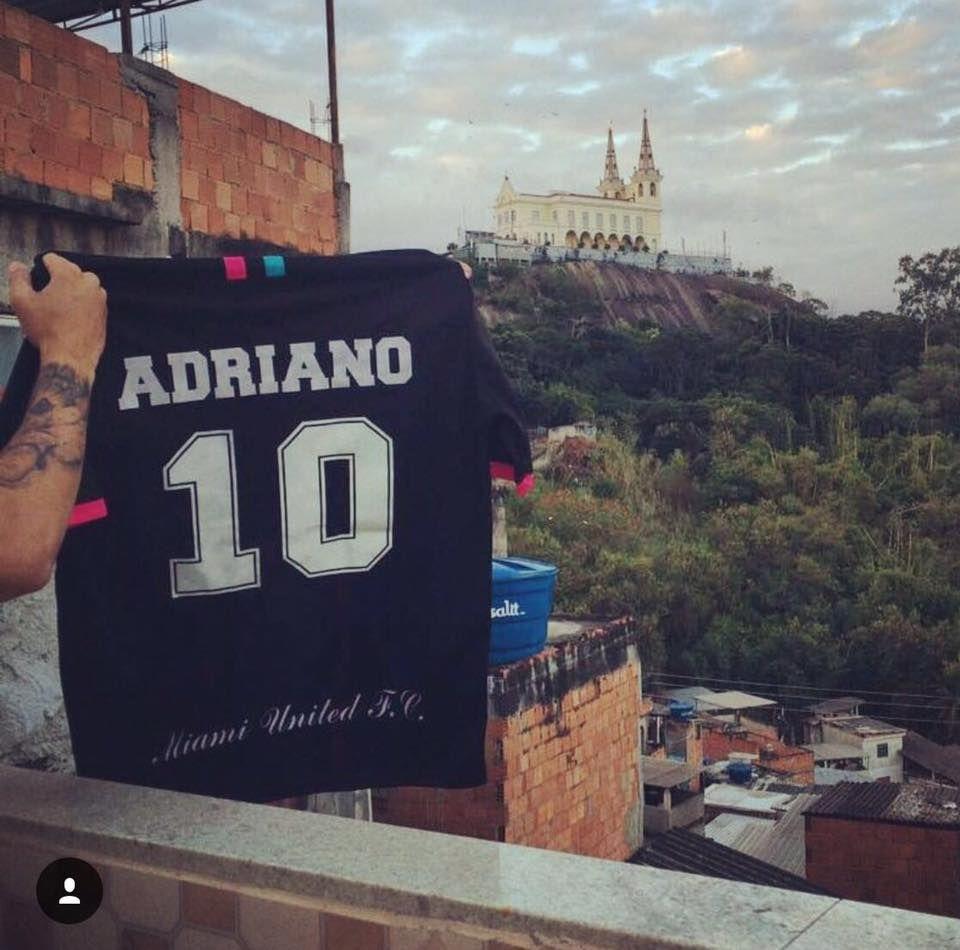 Adriano deixa o Miami United e volta para o Rio de Janeiro