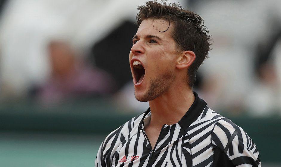 Thiem vence e encara Djokovic na semifinal
