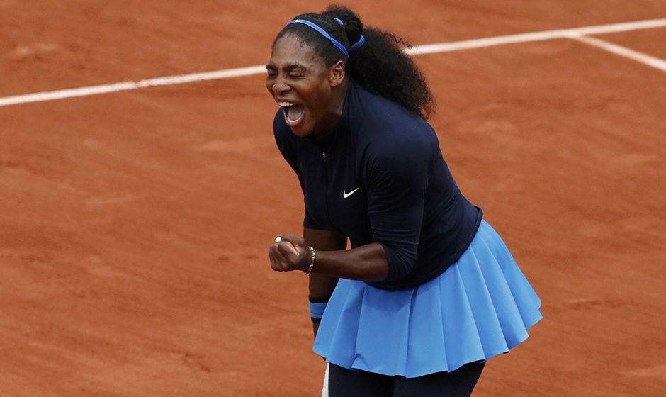 Serena vence e enfrenta Muguruza na final de Roland Garros