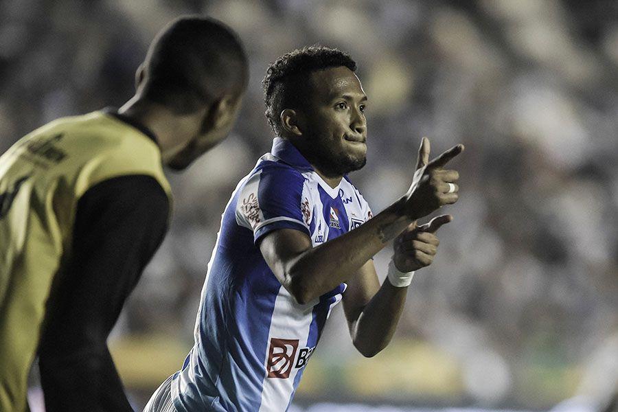 Vasco perde em casa para o Paysandu por 2 a 0
