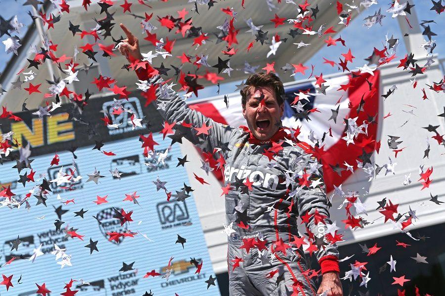 Power vence GP de Road America de ponta a ponta