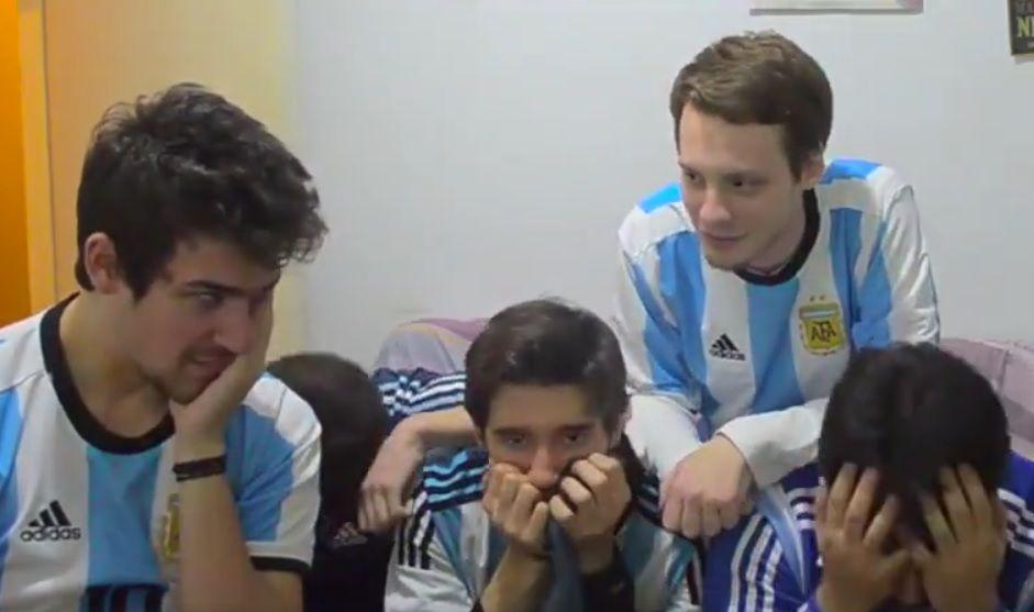 Grupo de argentinos se desespera com derrota; assista