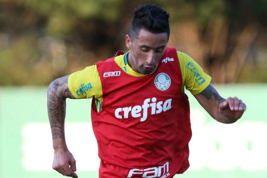 Barrios aguarda proposta da Europa para deixar Palmeiras