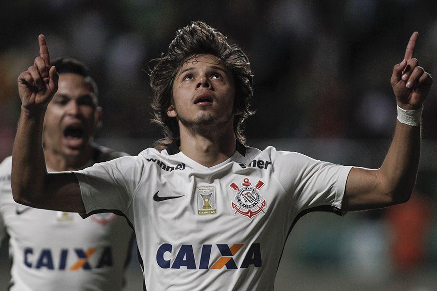 Corinthians iguala Palmeiras em pontos pelo Brasileirão