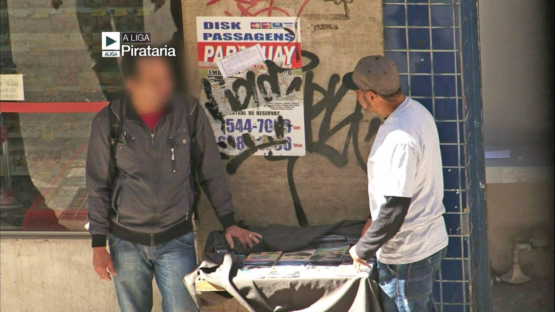 A Liga investiga a pirataria e a prostituição na 3ª idade
