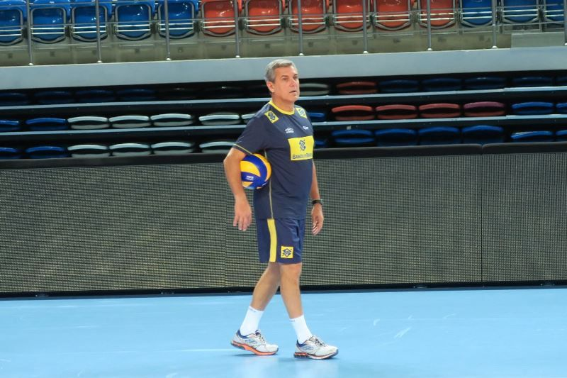 José Roberto Guimarães trabalhou com Bebeto e lamentou a morte do amigo /  Divulgação/CBV