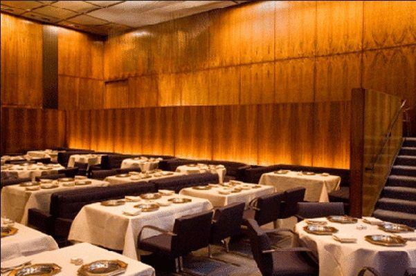 Four Seasons de NY faz seu último jantar após meio século