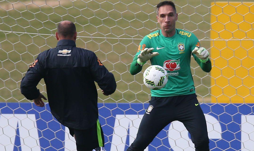 Velloso ainda vê Prass na Seleção Brasileira