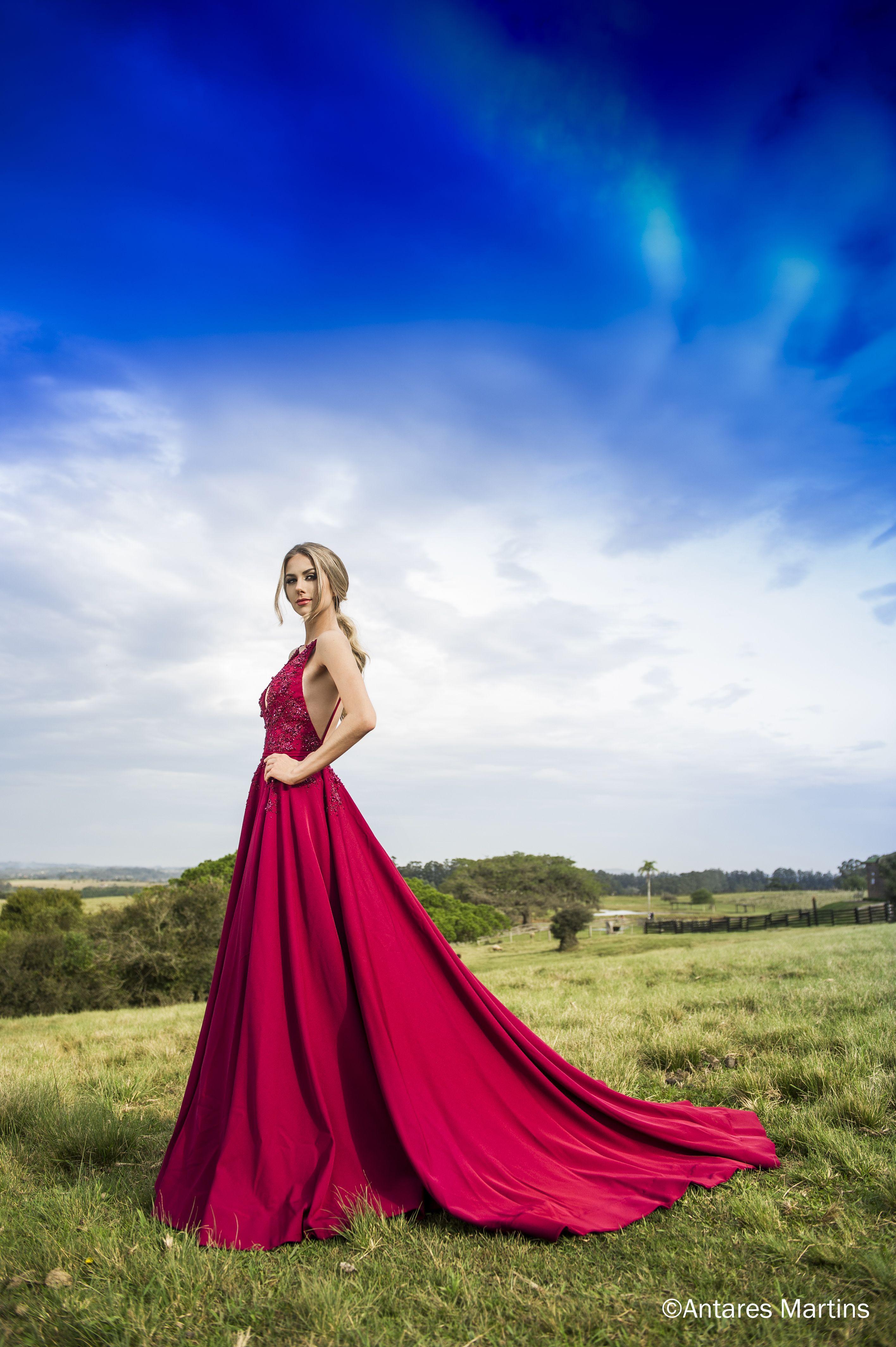 Miss Brasil é clicada em paisagens gaúchas