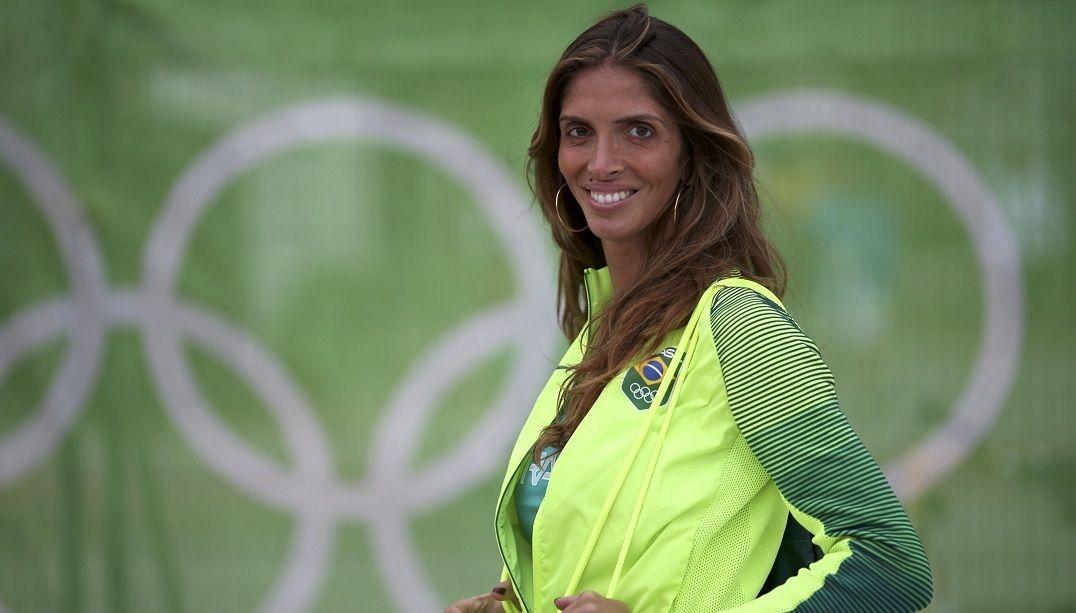 Conheça a esgrimista brasileira que fez história