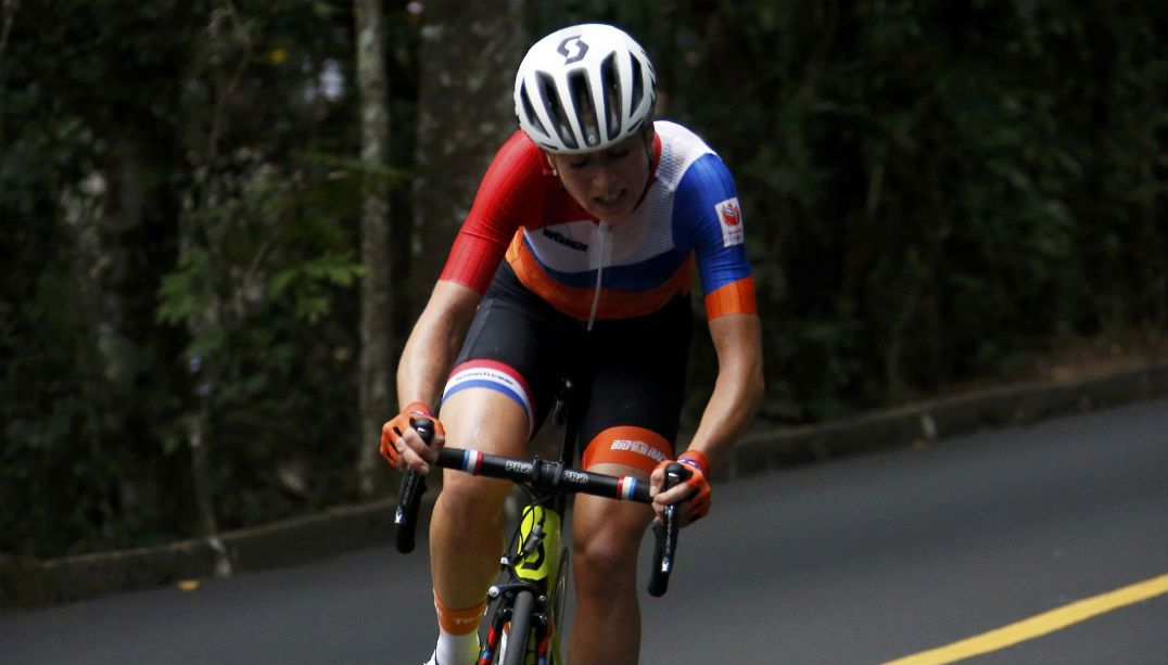 Ciclista holandesa agradece mensagens após acidente