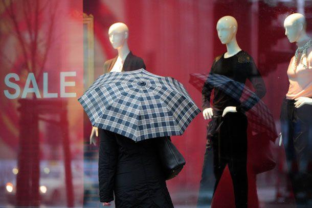 cfb823e24 Mulheres preferem ir às compras em lojas de rua