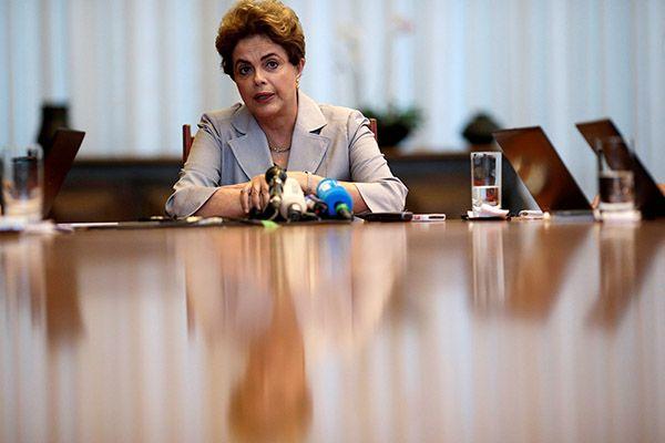 """""""Eu errei ao promover a desoneração"""", admite Dilma   Brasil   band.com.br - band.uol.com.br"""