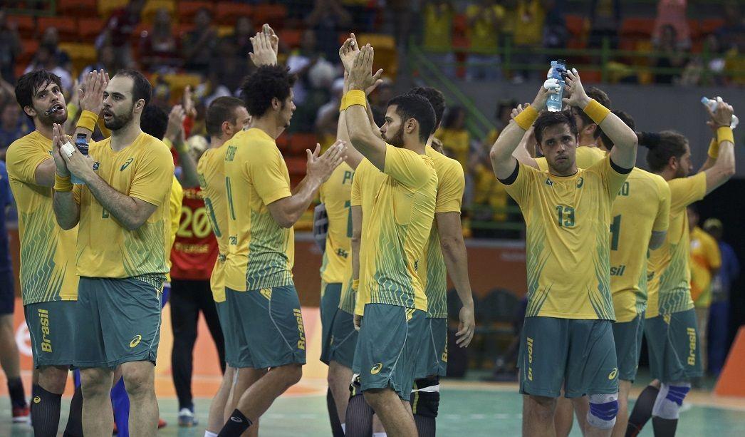 Contra bicampeões, Bombom pede para Brasil jogar de
