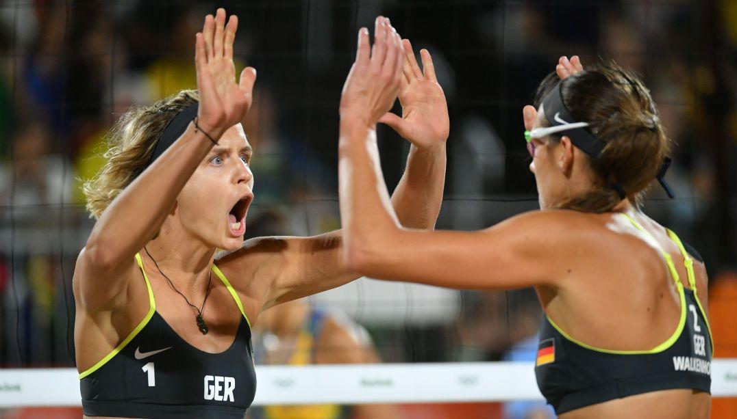 Ágatha e Bárbara perdem para dupla alemã e ficam com a prata