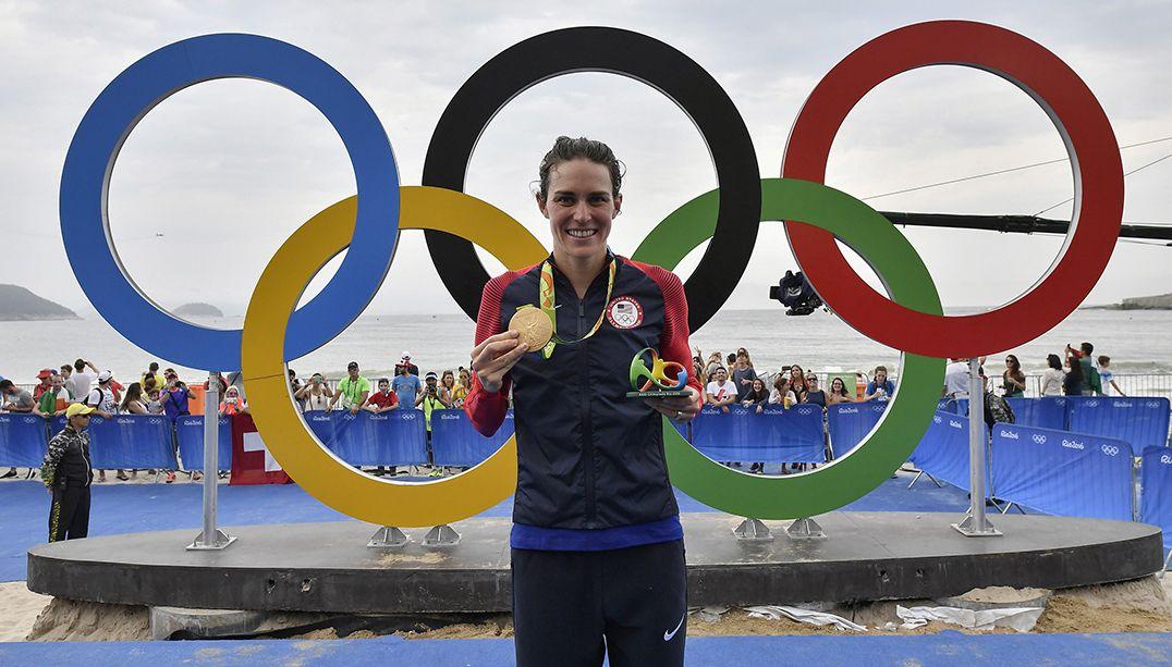 Estados Unidos conquistam ouro no triatlo feminino