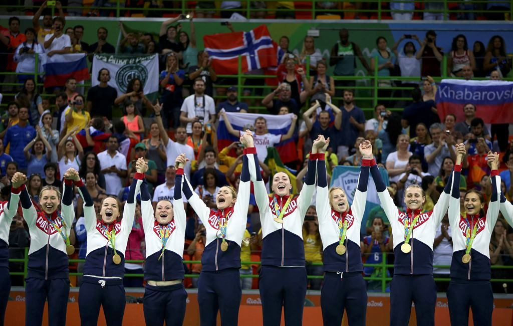 Rússia conquista ouro inédito no handebol feminino