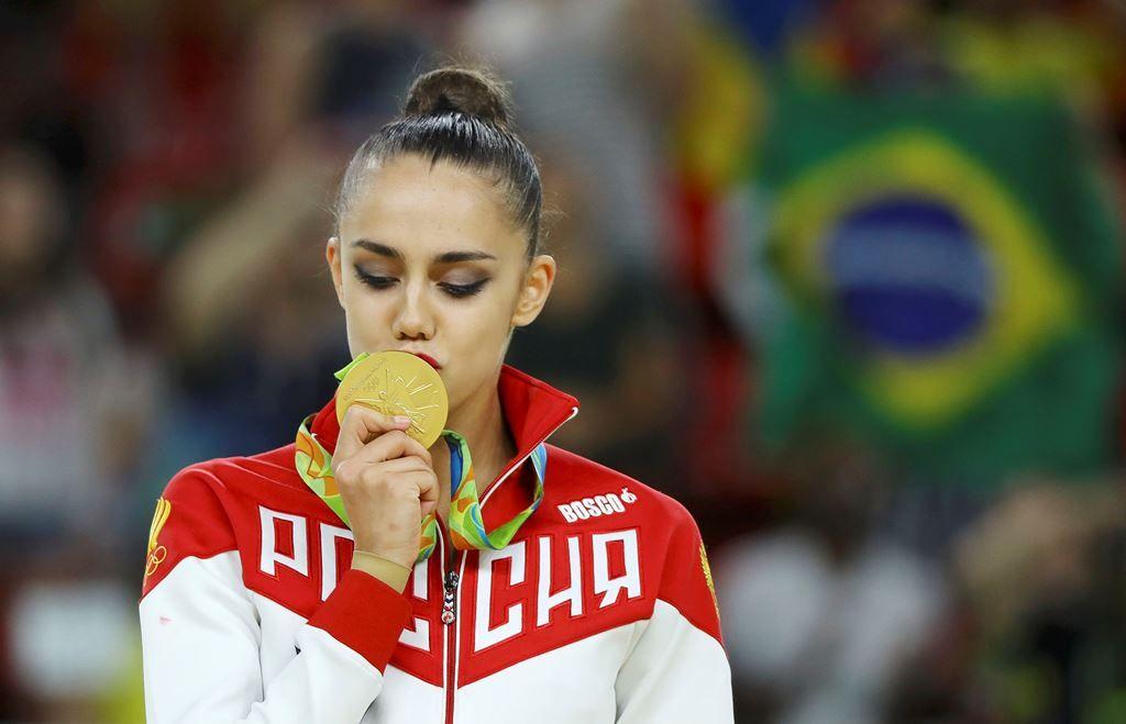 Rússia ganha quinto ouro seguido no individual da ginástica rítmica