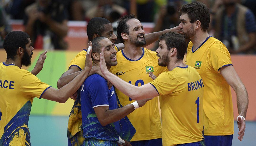 Brasil renasce, vence a Itália e conquista 3º ouro no vôlei masculino