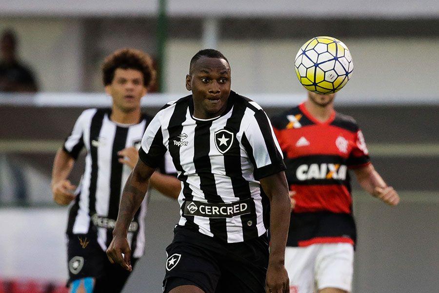 O Botafogo de Sassá abre a rodada no sábado dia 1 de outubro contra o Corinthians - Rudy Trindade/FRAMEPHOTO/Estadão Conteúdo