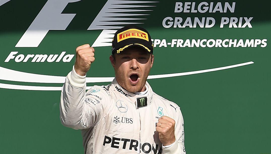 Rosberg vence e Hamilton mantém liderança com 3º lugar
