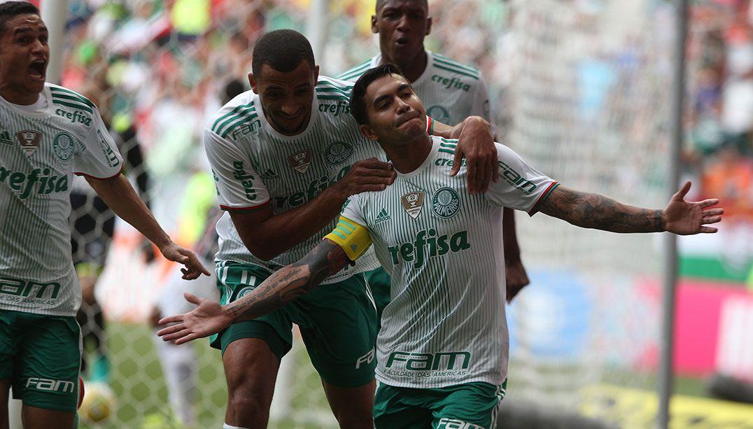 Palmeiras, Flamengo e Galo de olho no título