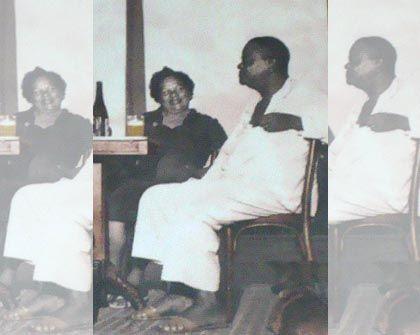 Foto de Pixinguinha com a esposa Beti no bar, então do seu Alfredo