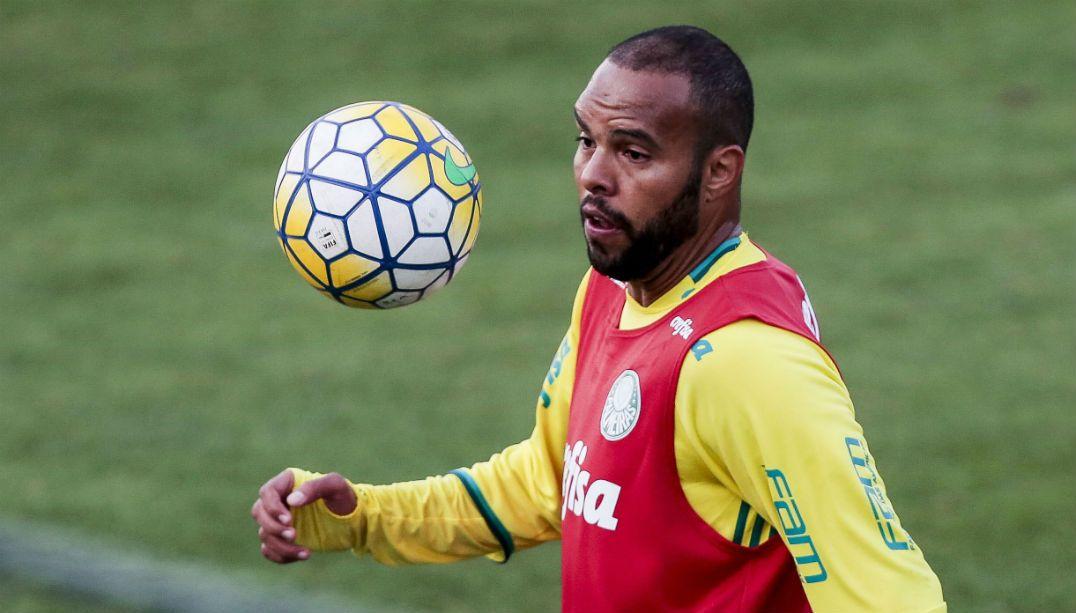 Alecsandro diz que Palmeiras de hoje é espelho do presidente