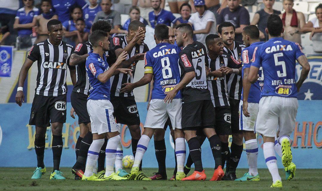 Cruzeiro arranca empate do Atlético-MG no Brasileirão