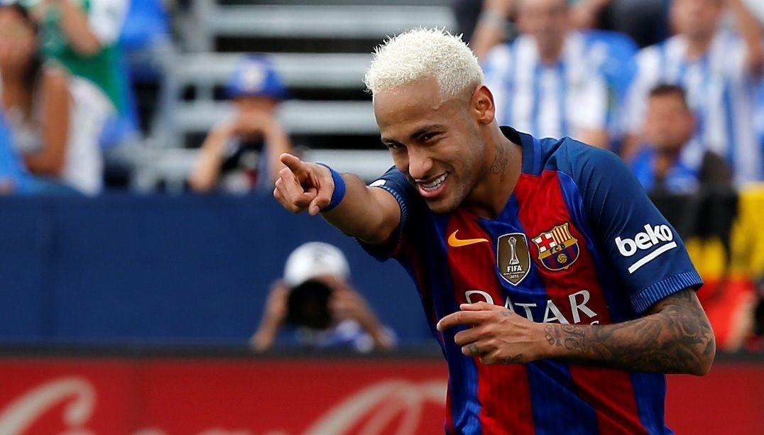 Neymar teria superado o francês Griezmann para ficar na seleção do ano - Sergio Perez/Reuters