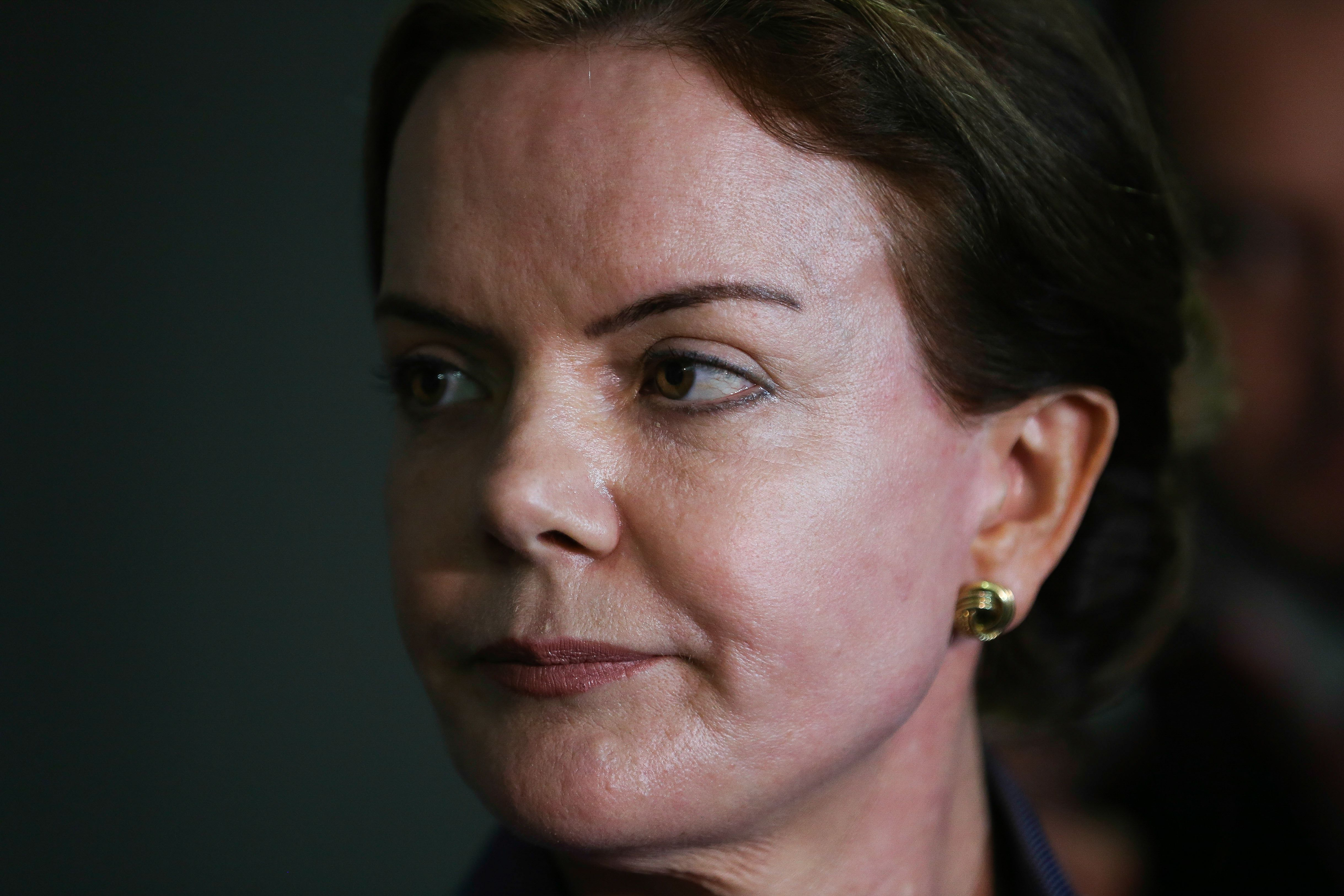 Senadora diz que ministro já sabia de operação da Lava Jato