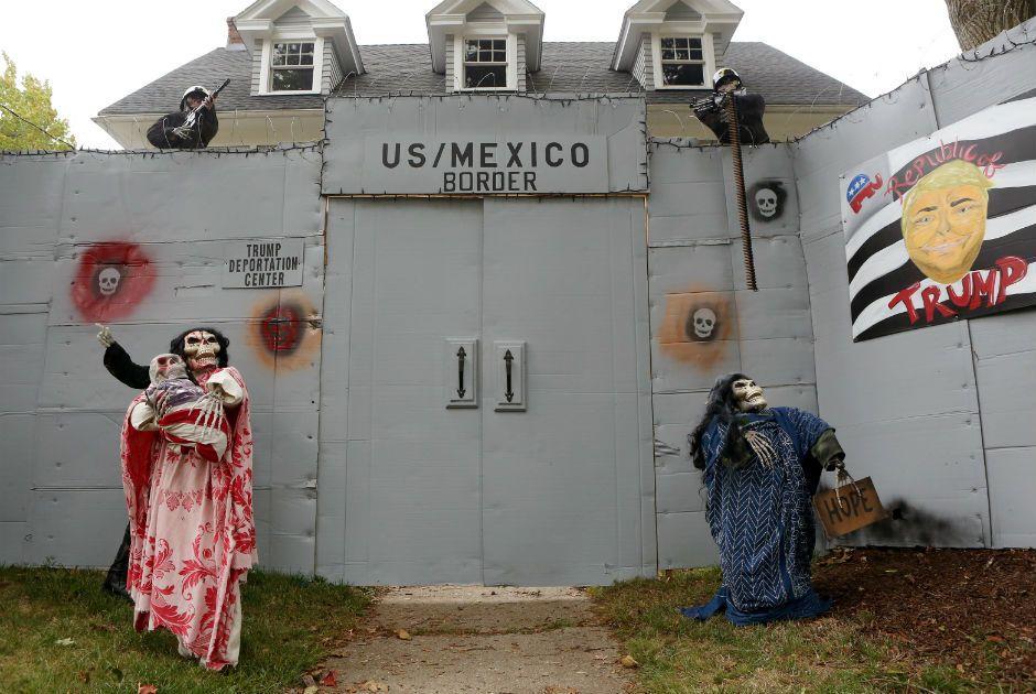 Trump e Hilary viram decoração de Halloween nos EUA