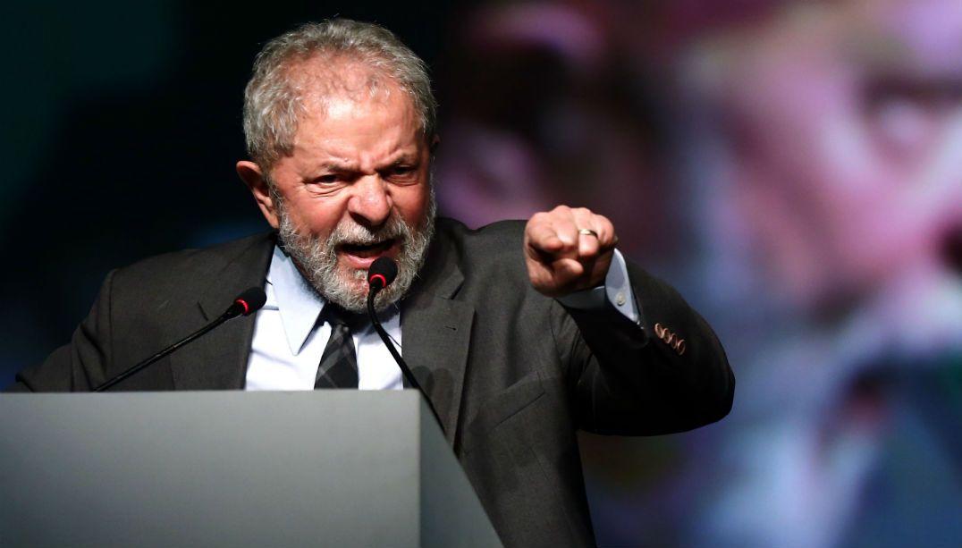 PF apura pagamento de palestra de Lula por meio da Odebrecht