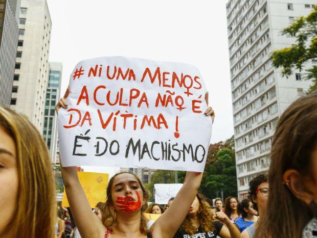 SP: protesto pede fim da violência contra as mulheres na Paulista