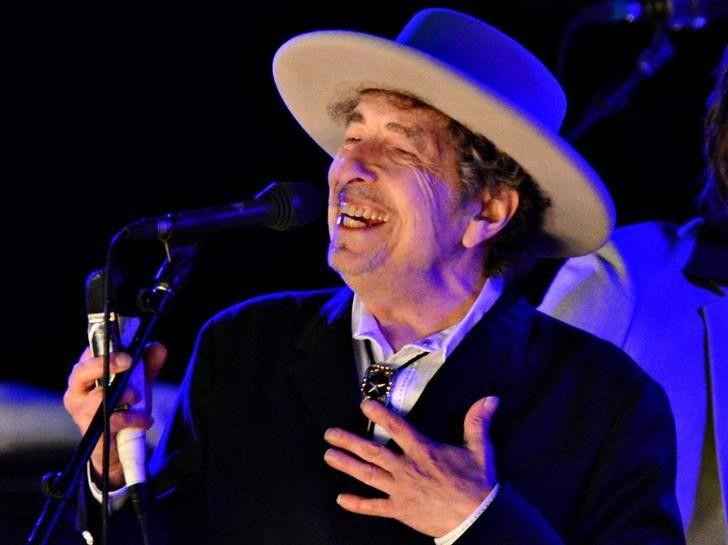 Bob Dylan diz não estar sendo saudosista em novo álbum