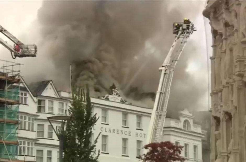 Apesar dos estragos, o incêndio não deixou feridos / Reprodução/Youtube