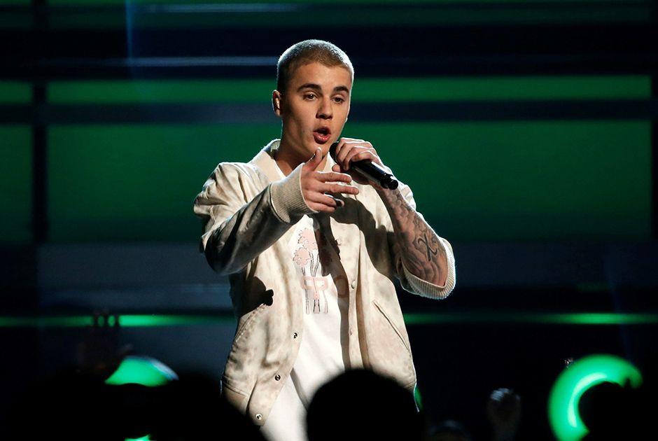 Justin Bieber não gostou da atitude de fã / Mario Anzuoni/Arquivo/Reuters
