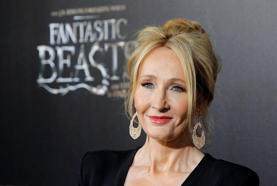 Livro manuscrito e ilustrado por J.K. Rowling será leiloado