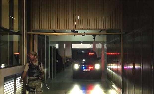 Garagem carro da PF Sérgio Cabral