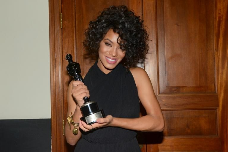 Miss Brasil recebe Troféu Raça Negra