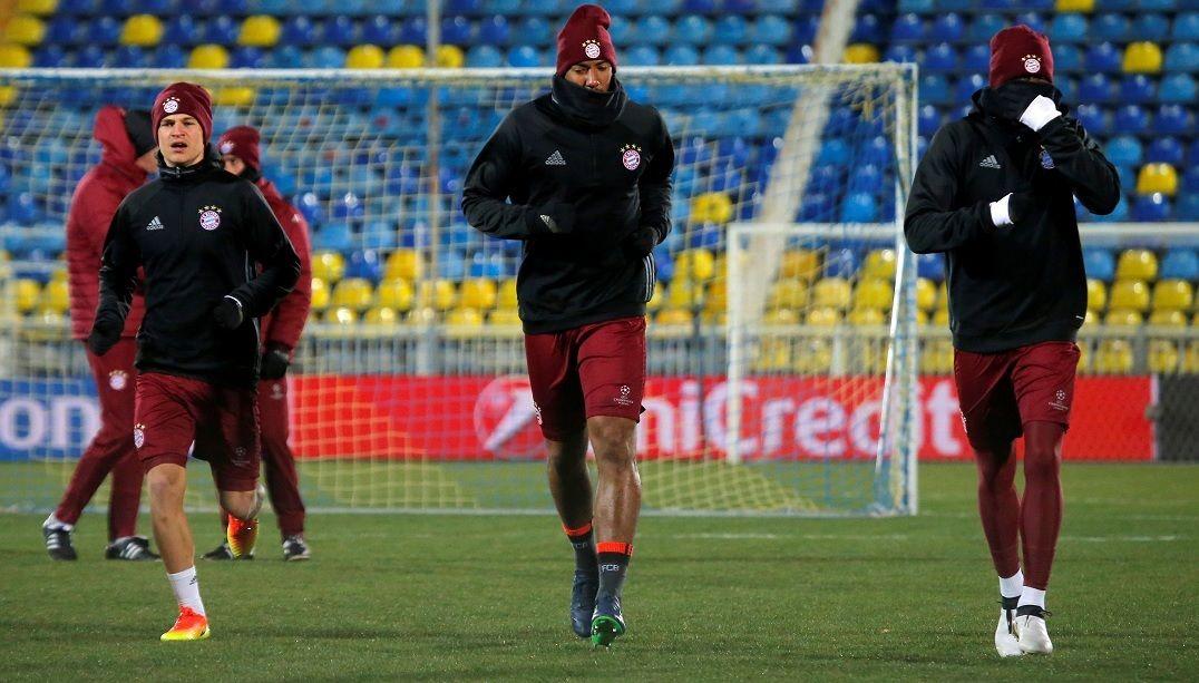 Jerome Boateng e Sané retornam à Alemanha para jogos finais das  Eliminatórias - Band.com.br 5bb20d437e51f