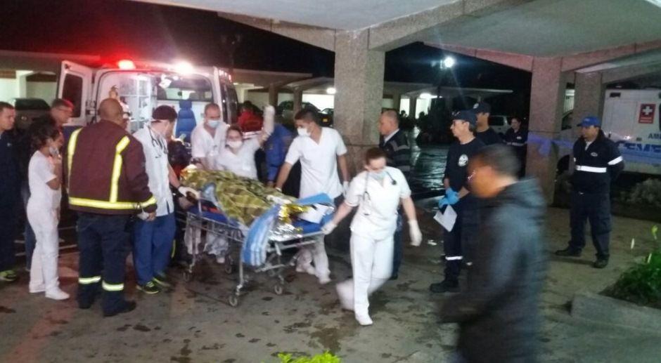 Sobrevivente chega ao hospital - Reprodução/BandNews FM
